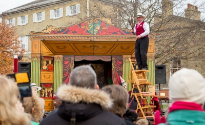 Mr Alexander's Travelling Show at The Victorian Christmas Festival