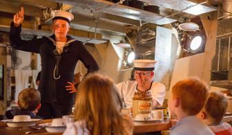 Dockyard Alive: A Wartime Christmas